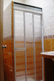Puertas para baños — Comprar Puertas para baños, Precio de ...