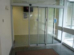Puertas Automaticas Telescopicas de Vidrio