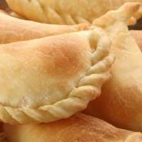 Empanada  Casera  con Relleno