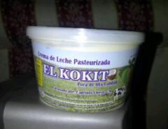 Crema de Leche Pura El Kokito al 40% De Grasa.