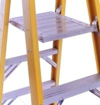Escaleras dieléctricas tipo tijera con plataforma