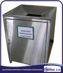 Papeleras o contenedores de basura