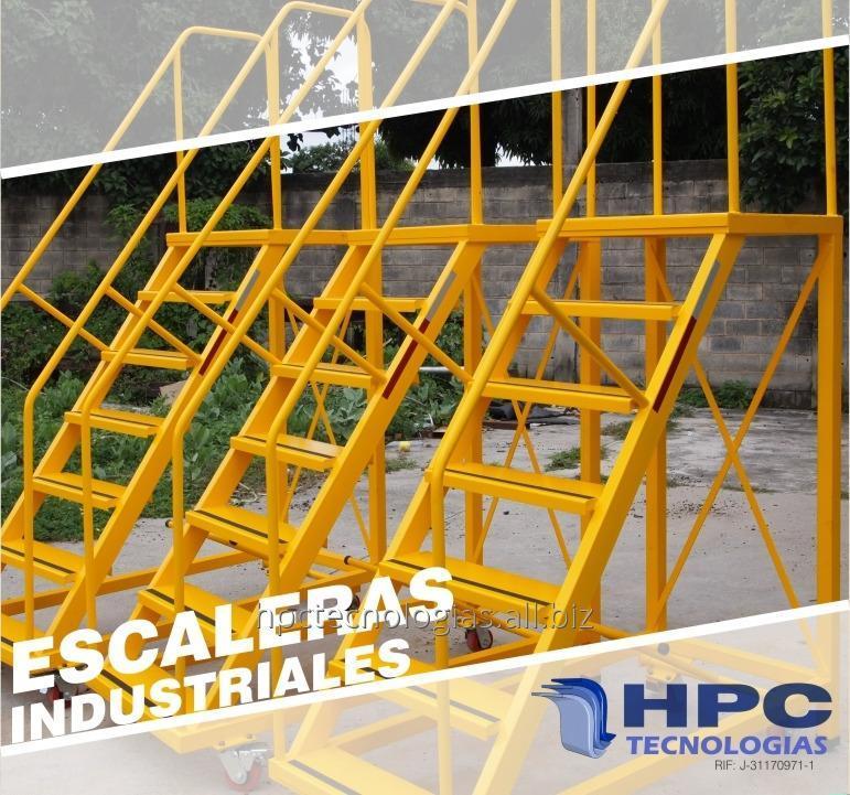 escaleras_metalicas_moviles_para_almacen