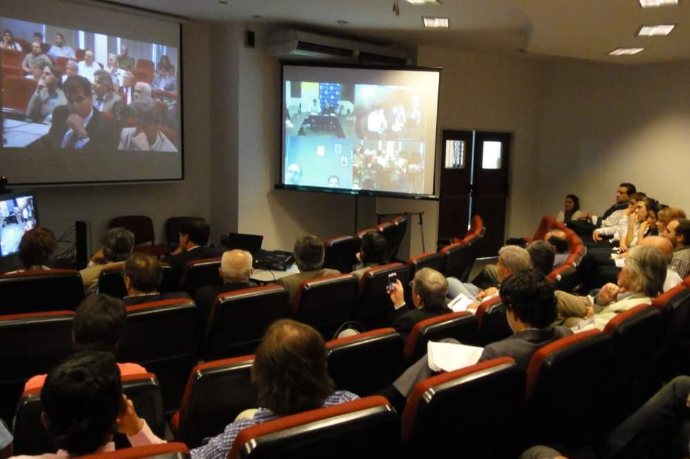Pedido Videoconferencias